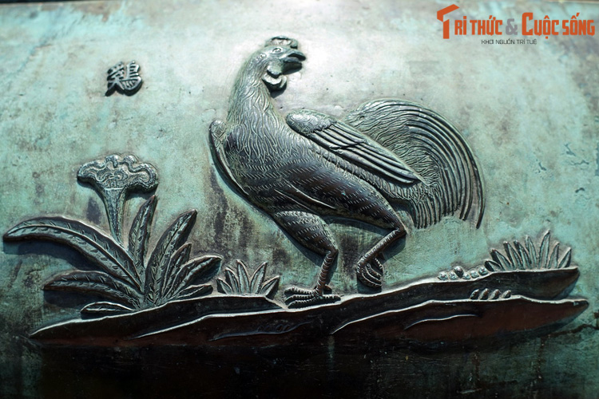 Diem danh 9 loai chim duoc khac tren Cuu Dinh nha Nguyen-Hinh-3