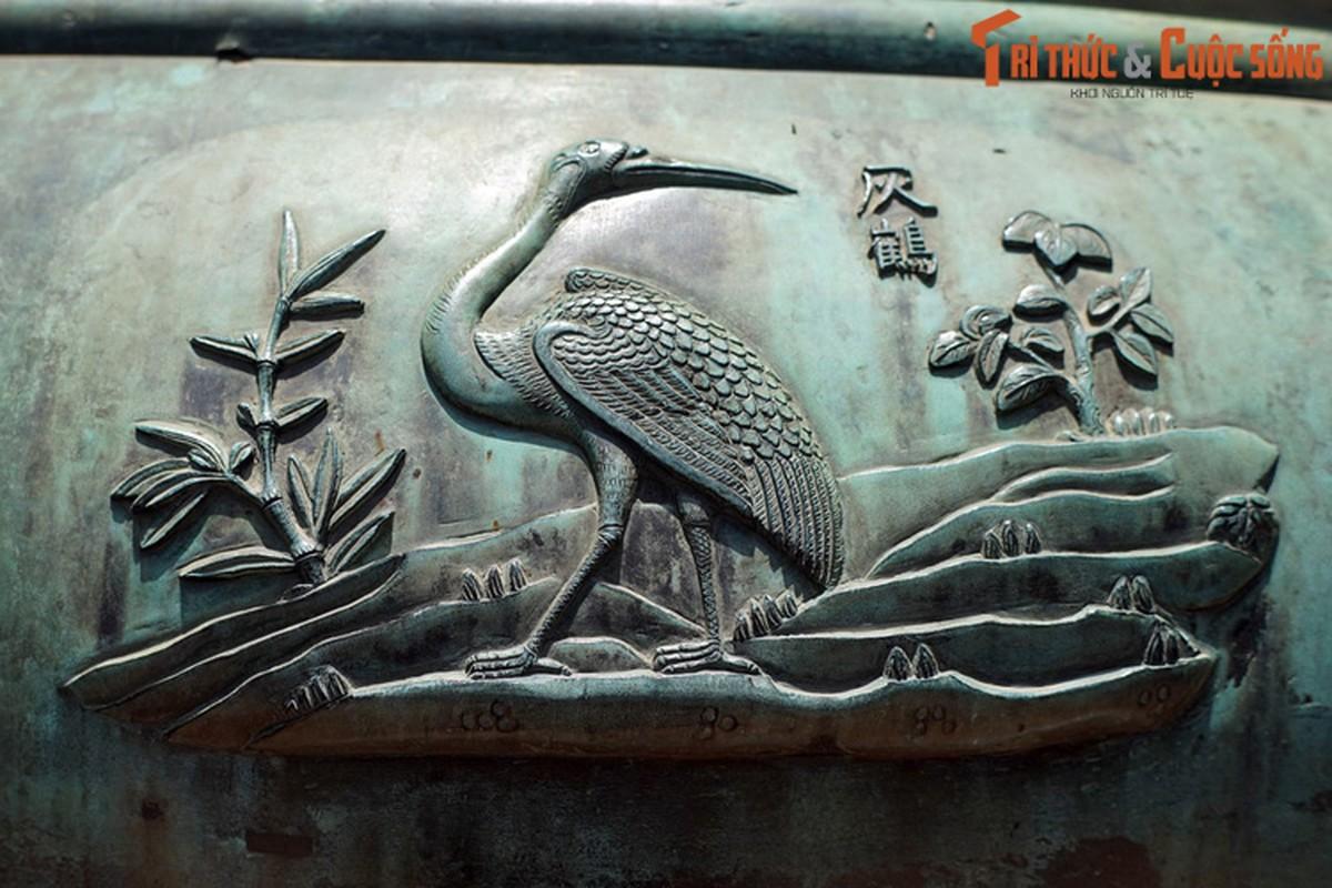 Diem danh 9 loai chim duoc khac tren Cuu Dinh nha Nguyen-Hinh-4