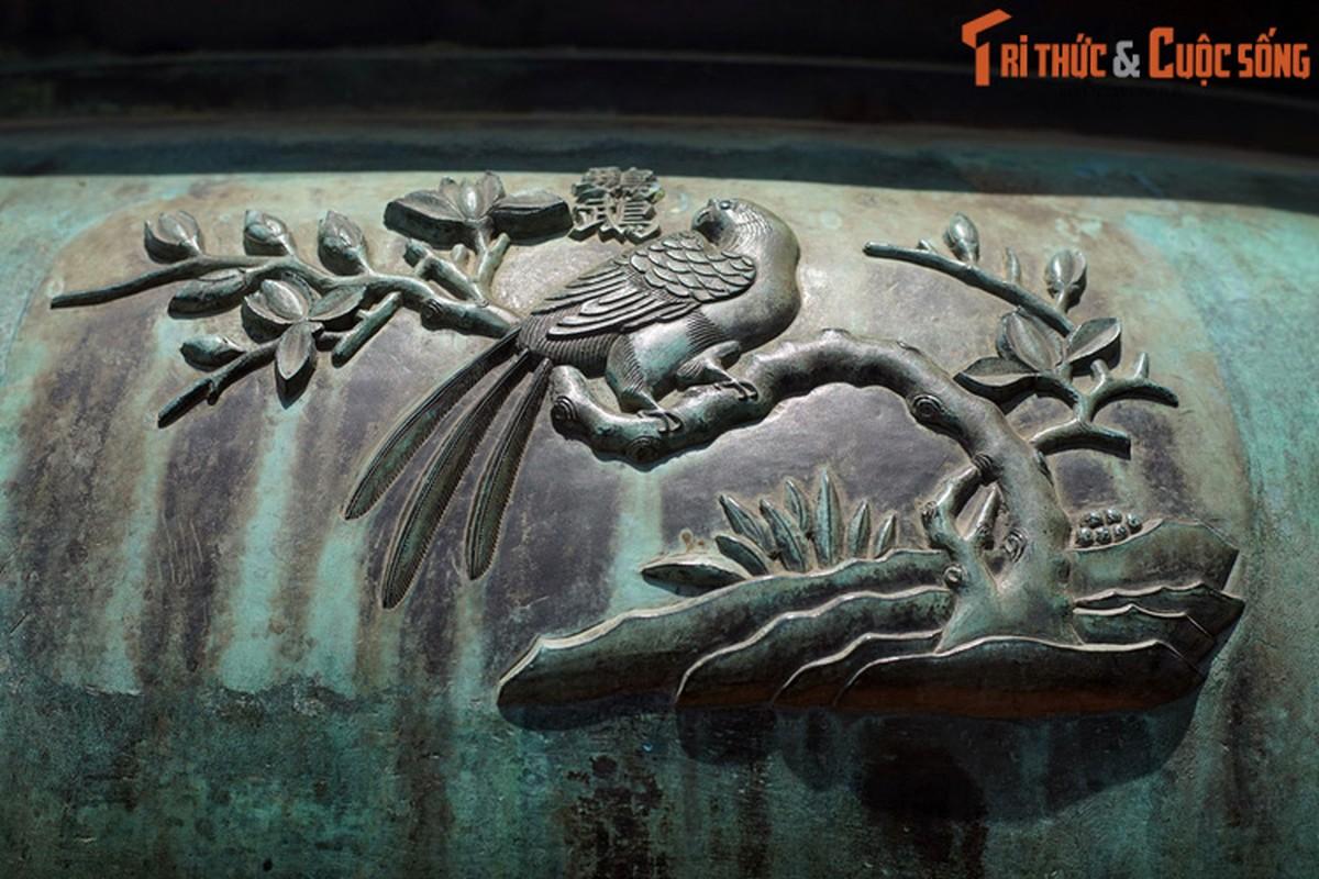 Diem danh 9 loai chim duoc khac tren Cuu Dinh nha Nguyen-Hinh-8