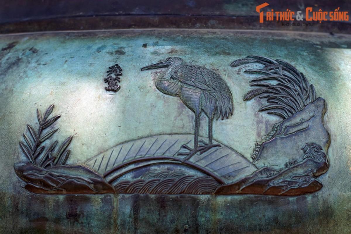 Diem danh 9 loai chim duoc khac tren Cuu Dinh nha Nguyen-Hinh-9