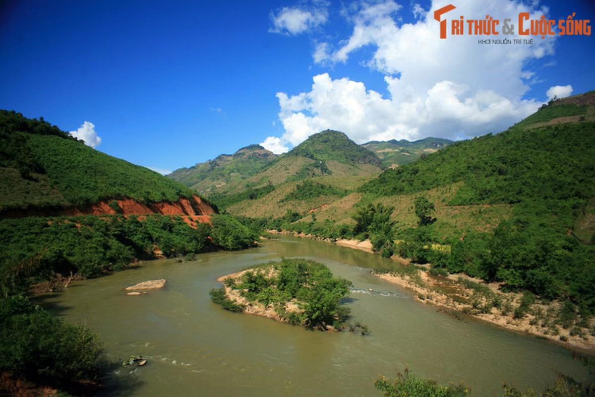 Su that bat ngo ve ten goi cua song Ma huyen thoai-Hinh-2