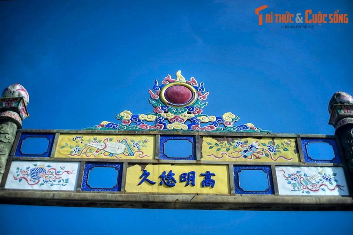 Kham pha nhung canh cong tram tuoi noi tieng cua Hoang thanh Hue-Hinh-8