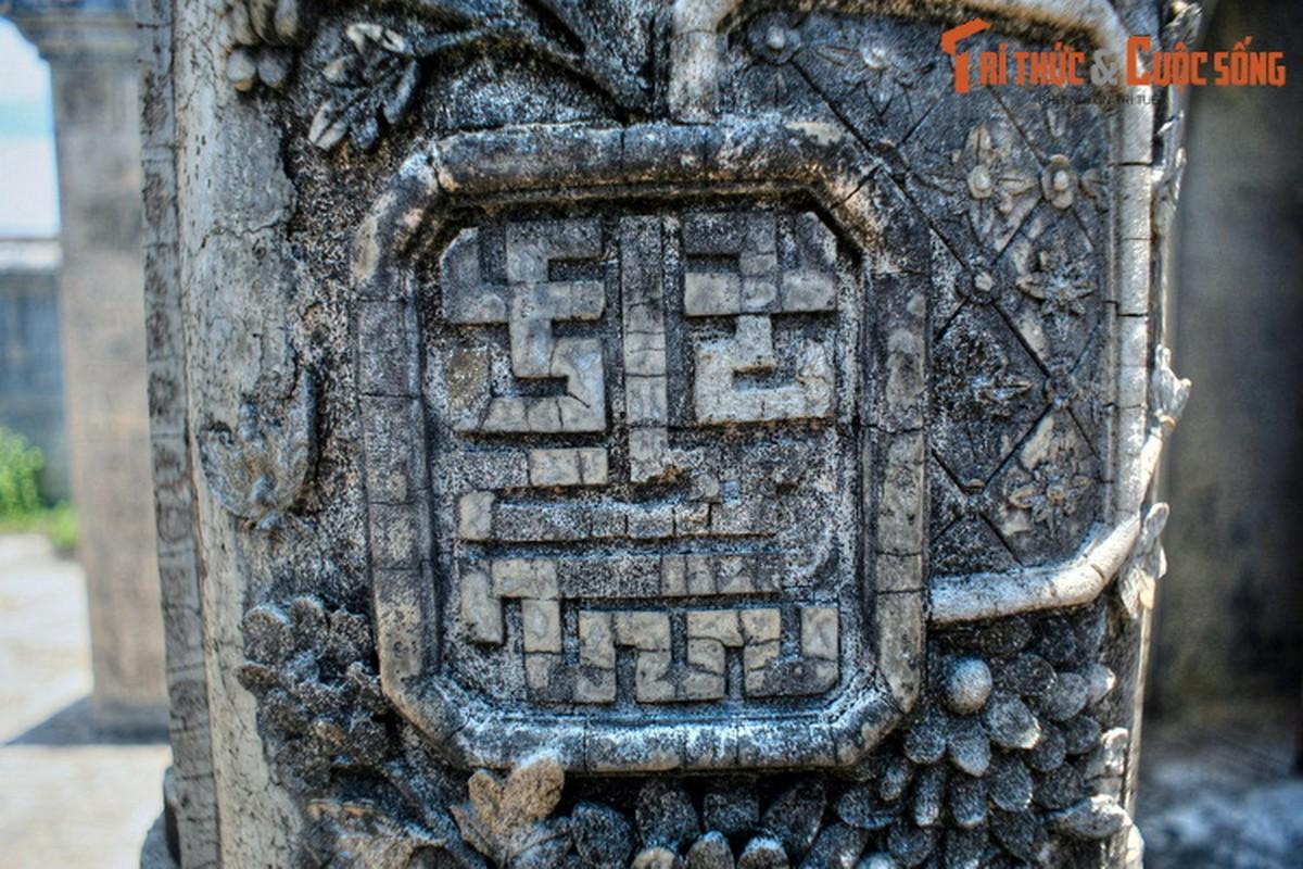 Choang ngop ve trang le cua lang mo vo ca vua Dong Khanh-Hinh-11