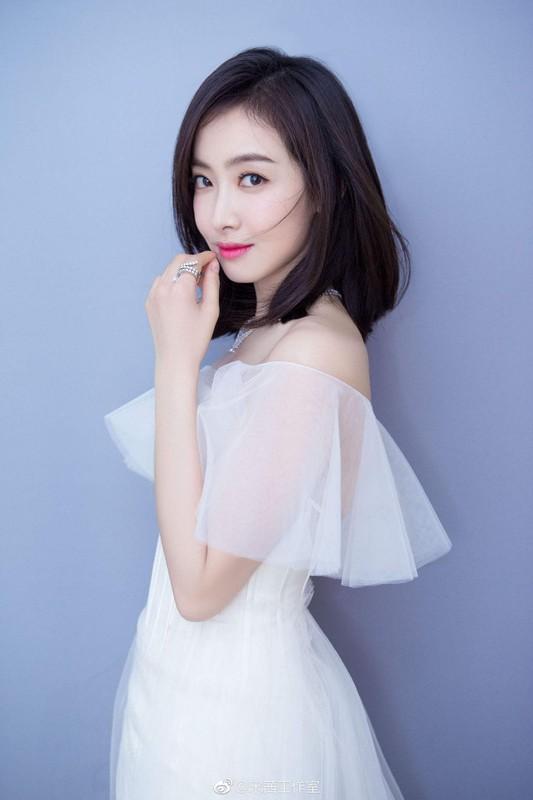 "Dan phu dau xinh dep lan at ca co dau la my nhan phim ""Tay du ky""-Hinh-4"