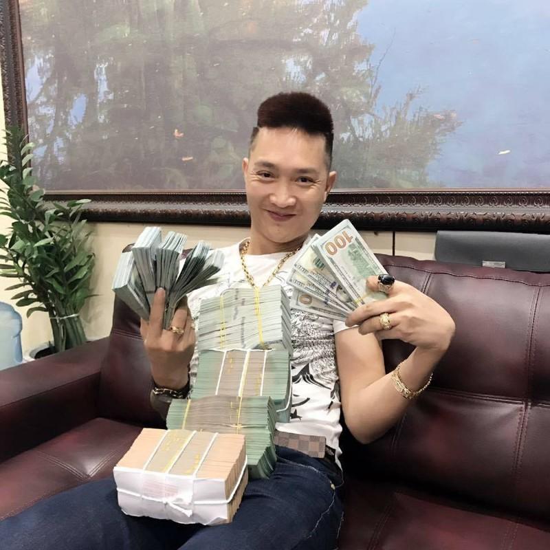 """Huan """"Hoa Hong"""" bi bat qua tang khi duong tinh voi ma tuy-Hinh-5"""