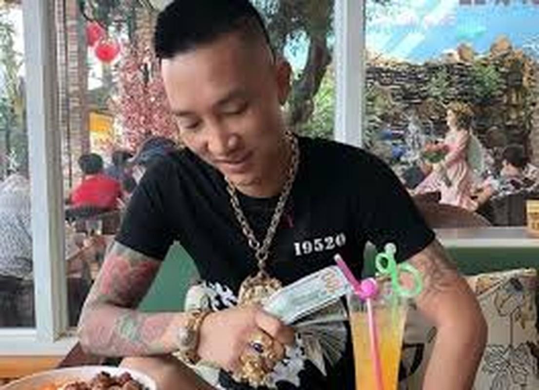 """Huan """"Hoa Hong"""" bi bat qua tang khi duong tinh voi ma tuy-Hinh-6"""