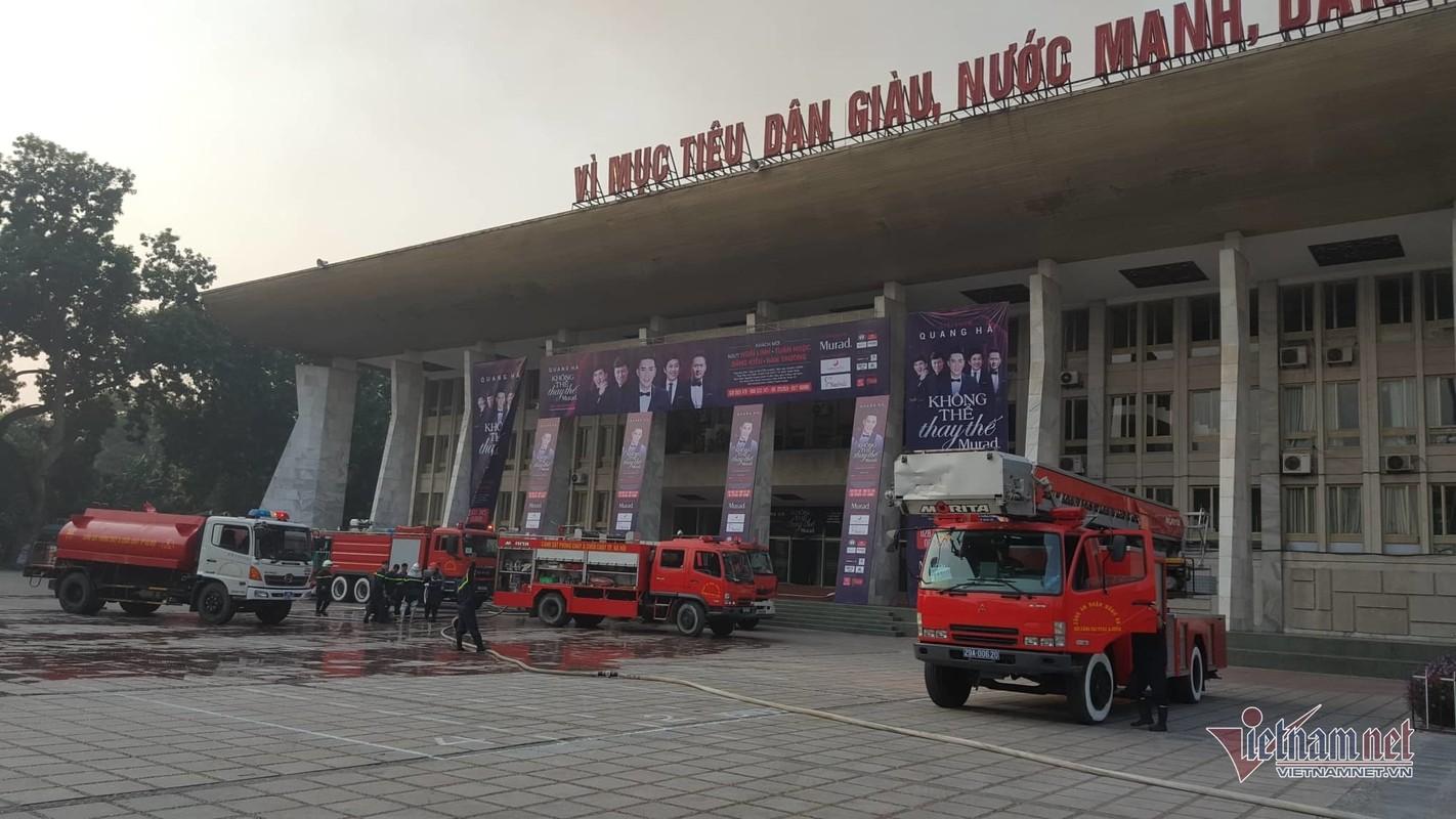 Chay Cung van hoa huu nghi Viet Xo, khoi den cuon cuon-Hinh-4
