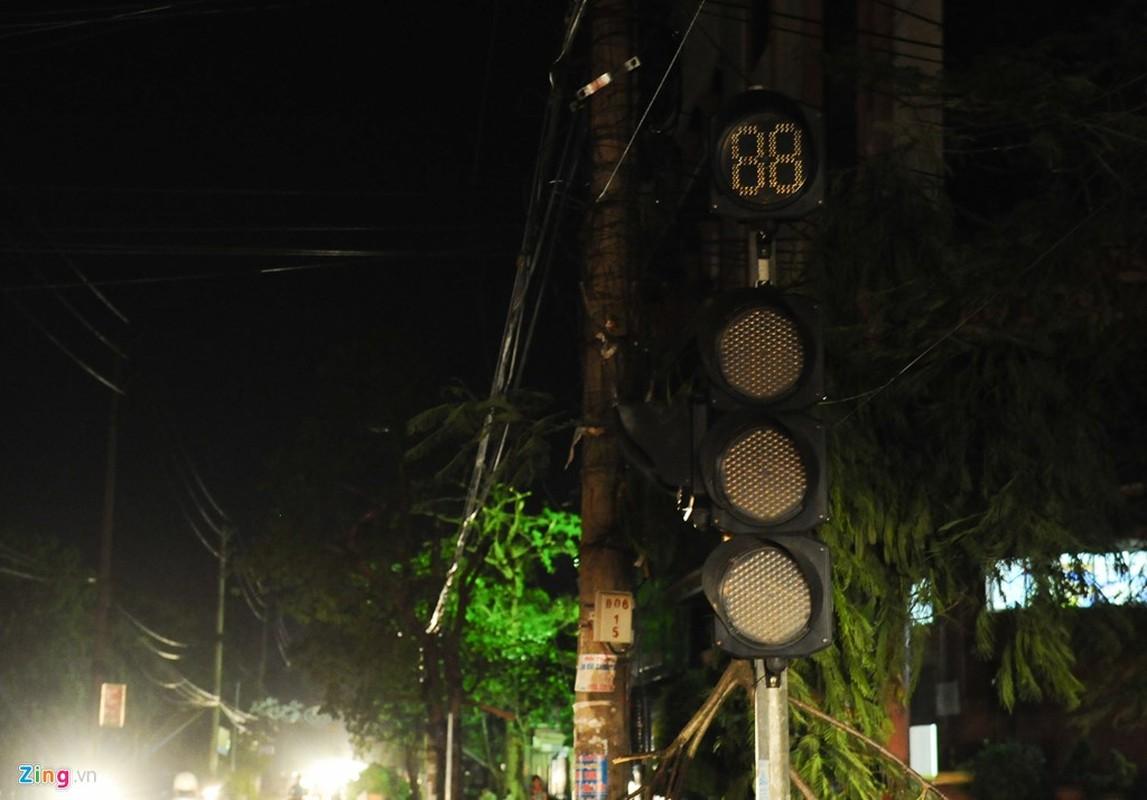 Cuoc song trong bong toi o Nam Dinh sau bao-Hinh-5