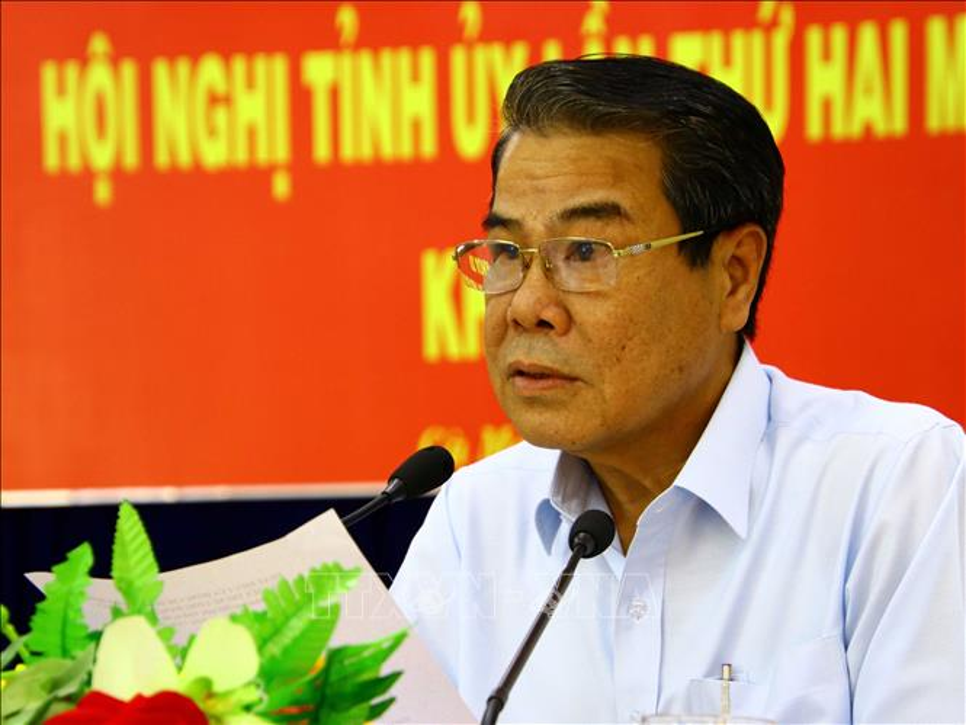 Chan dung 3 Bi thu Tinh uy duoc Bo Chinh tri dieu dong ve Trung uong-Hinh-5