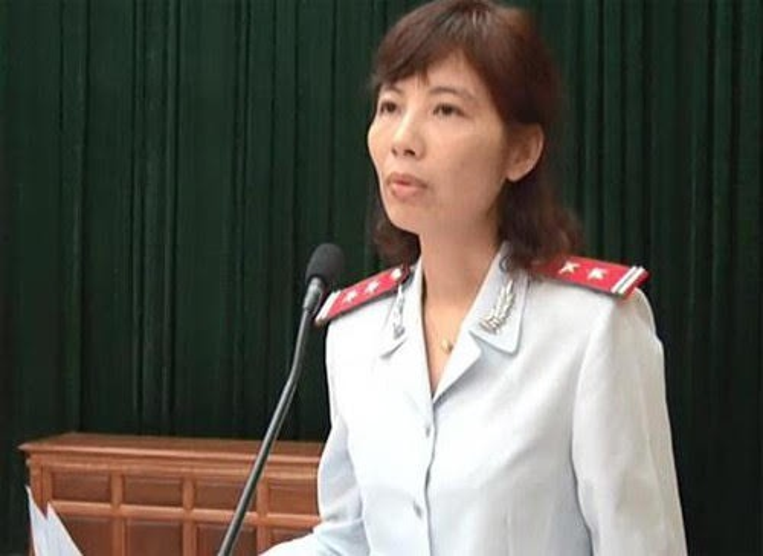 Tin nong ngay 20/7: Ban xe sang tinh khac phai nop lai bien so-Hinh-5
