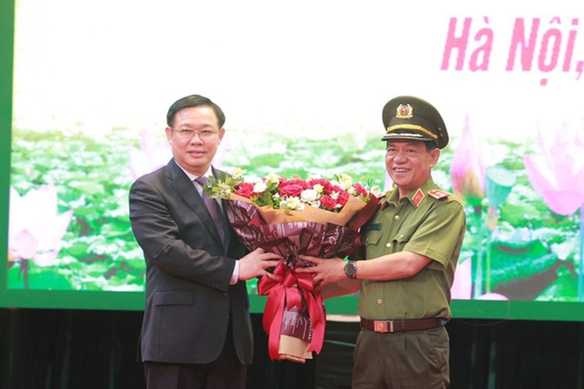 Biet gi ve thieu tuong Nguyen Hai Trung tan Giam doc Cong an Ha Noi-Hinh-2