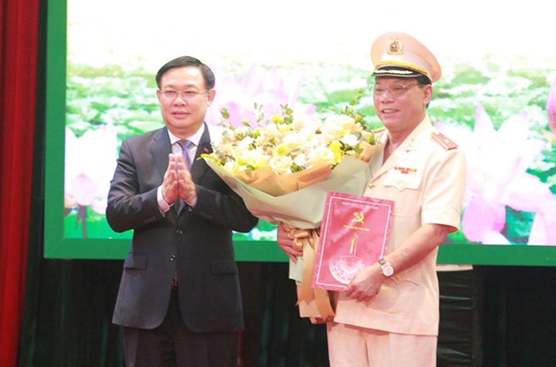Biet gi ve thieu tuong Nguyen Hai Trung tan Giam doc Cong an Ha Noi-Hinh-3