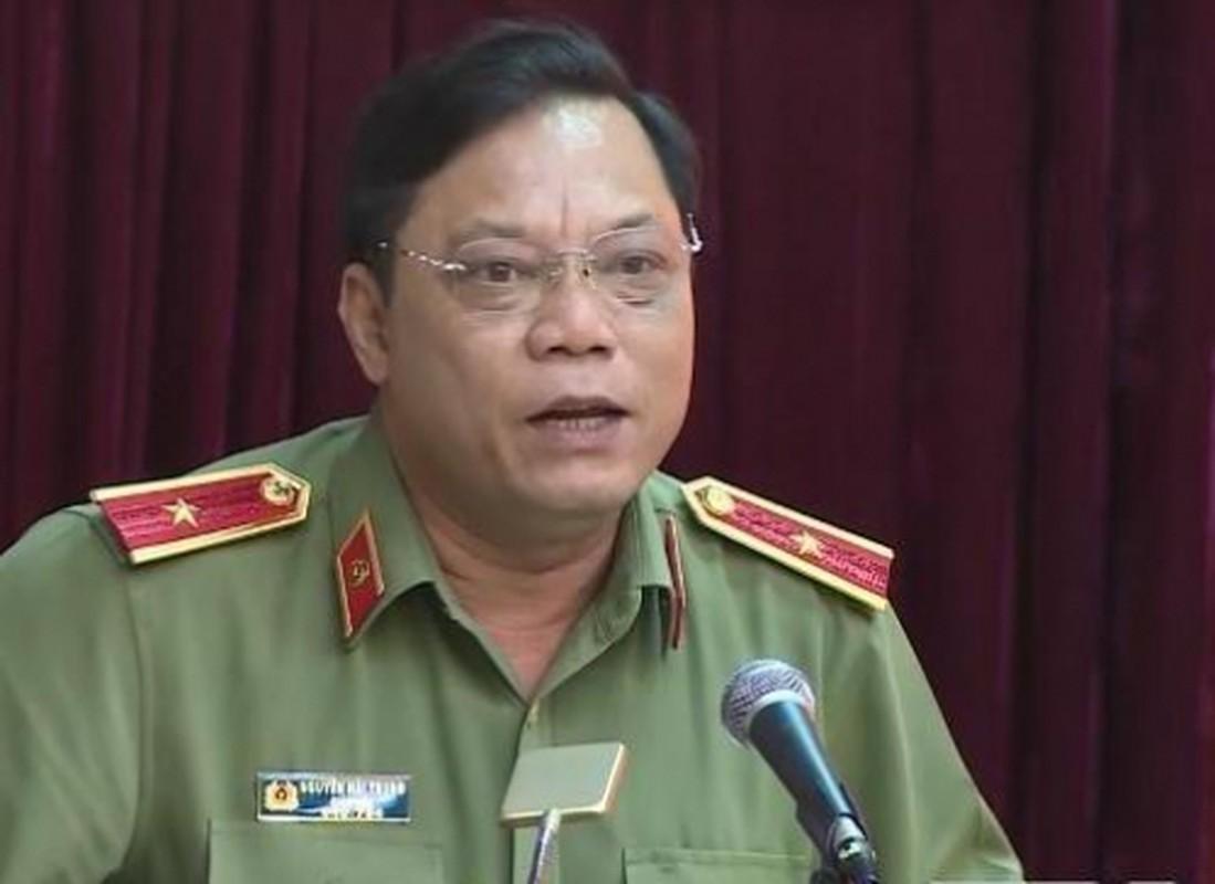 Biet gi ve thieu tuong Nguyen Hai Trung tan Giam doc Cong an Ha Noi-Hinh-8
