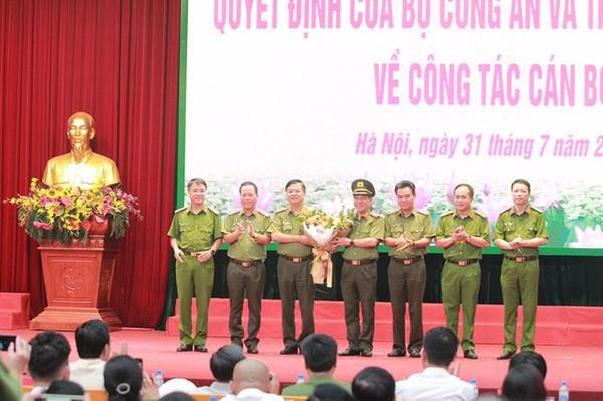 Biet gi ve thieu tuong Nguyen Hai Trung tan Giam doc Cong an Ha Noi-Hinh-9