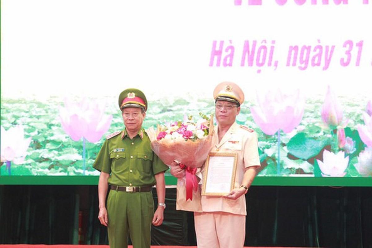 Biet gi ve thieu tuong Nguyen Hai Trung tan Giam doc Cong an Ha Noi