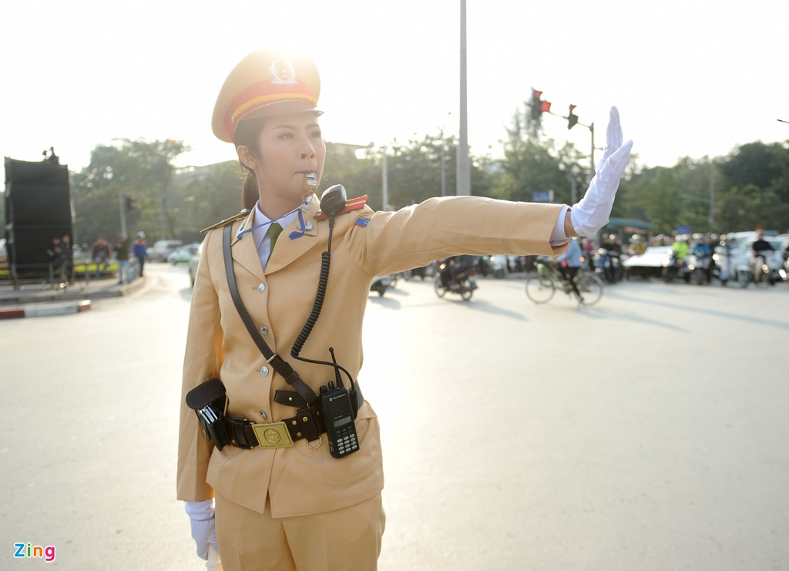 Trang phuc Canh sat giao thong qua cac thoi ky thay doi the nao?-Hinh-6