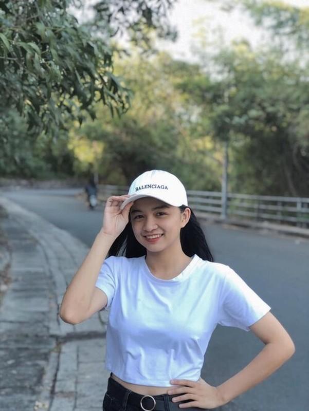 "Trao nu hon chia tay khien ban nam ""mung hut"", nu sinh gay sot-Hinh-10"