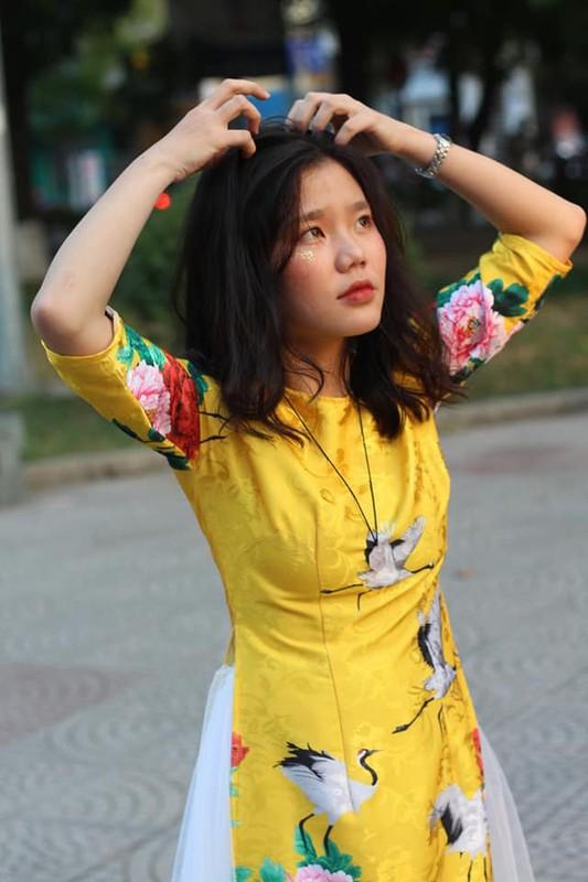 "Duong len dinh Olympia lai xuat hien hot girl ""gay bao"" mang-Hinh-10"