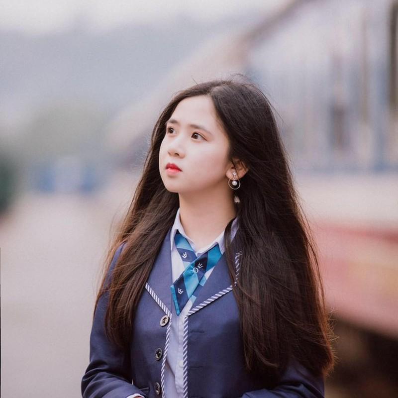 Soi dan hot girl truong Luat khoe anh xinh het phan thien ha-Hinh-11