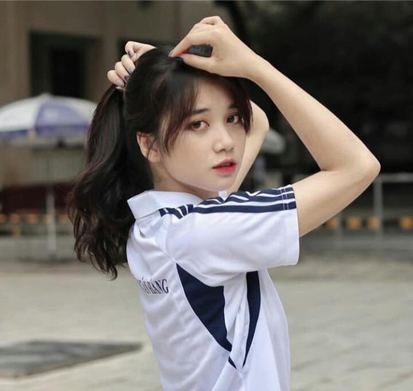 """Hoc quan su, hoi hot girl khoe anh chat khien CDM """"tha tim"""" khong ngot-Hinh-11"""