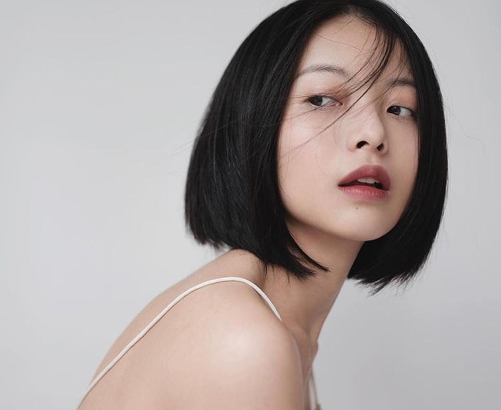 Cat toc ngan, hot girl 9X khoe khuon mat sac lanh day quyen ru-Hinh-2