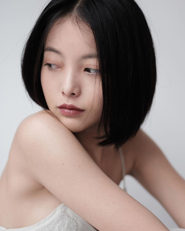 Cat toc ngan, hot girl 9X khoe khuon mat sac lanh day quyen ru-Hinh-4
