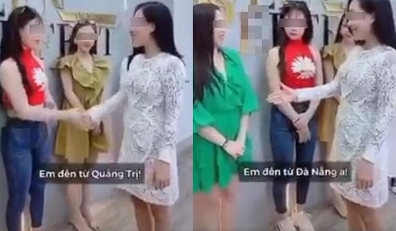 """Dong thai cua nu chinh trong clip """"ky thi"""" Da Nang gay buc xuc-Hinh-8"""