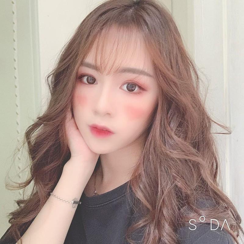 Hot girl co guong mat bup be, duoc bao Trung het loi khen la ai?-Hinh-6