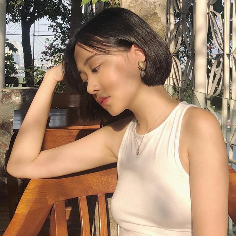 "Cuu hot girl RMIT duoc menh danh ""nu than goc nghieng"" la ai?-Hinh-7"