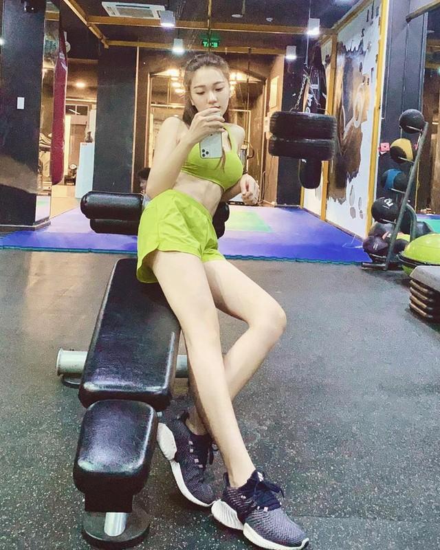 Cuu Top 10 Hoa hau Viet Nam khoe body chuan khong can chinh-Hinh-5