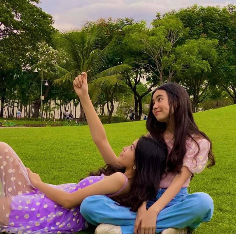 12 tuoi, co ut nha MC Quyen Linh ra dang hot girl thuc thu-Hinh-2
