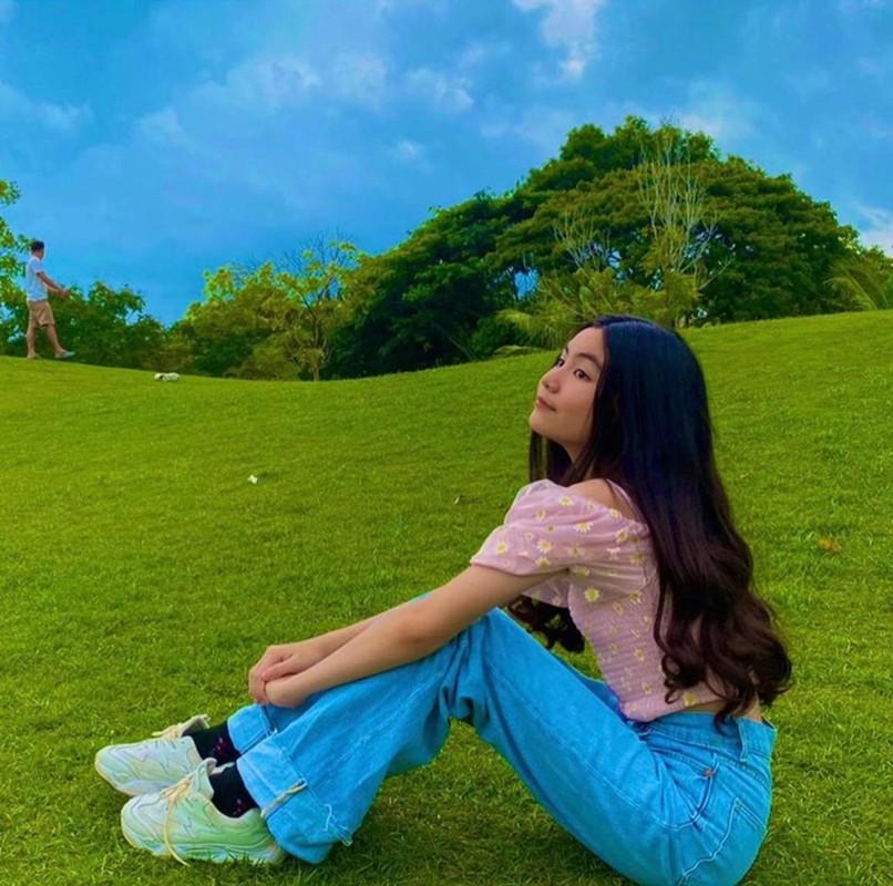 12 tuoi, co ut nha MC Quyen Linh ra dang hot girl thuc thu-Hinh-3