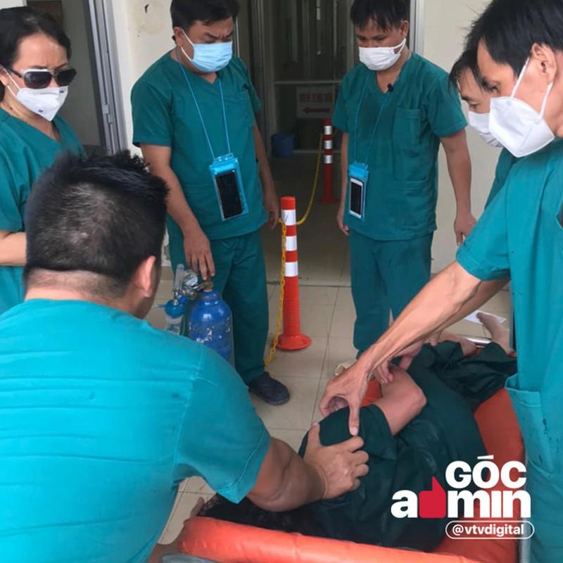 Bac si Da Nang chong COVID-19 toi kiet suc khien CDM nghen long-Hinh-6