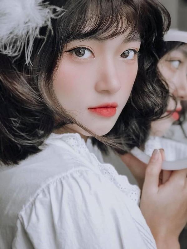 """""""Hot girl anh the"""" dan toc Giay khien bao chang trai xao xuyen-Hinh-4"""