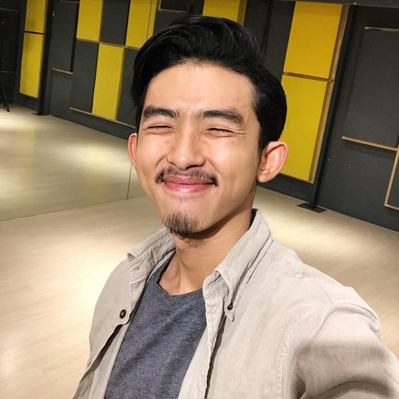 Thi sinh Rap Viet tung dong nam chinh phim gay sot mang la ai?-Hinh-4