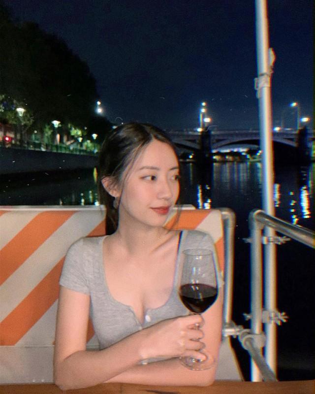 Khoe nong cam, ban gai Rocker Nguyen van duoc khen het loi-Hinh-7
