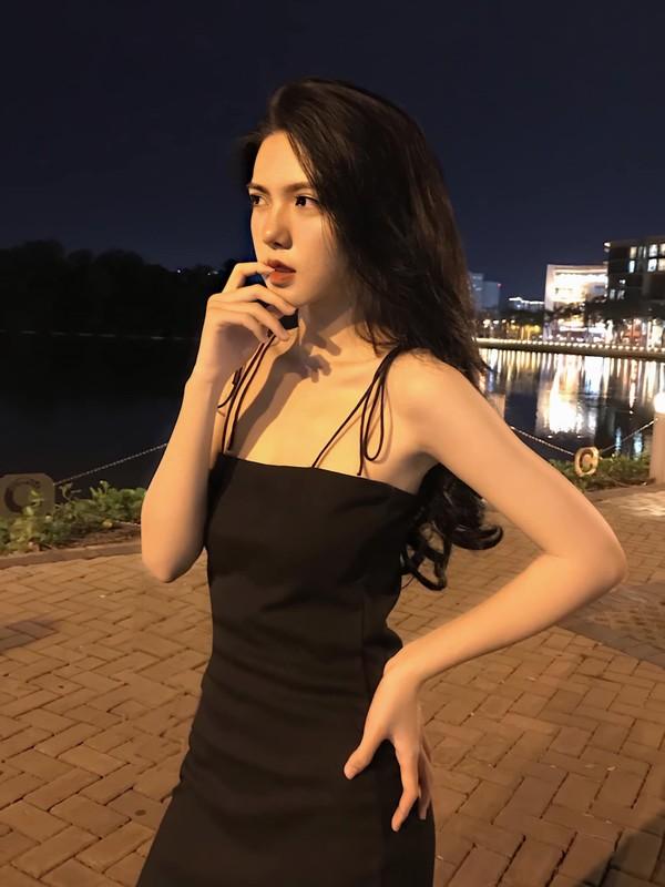 "Hot girl 2K3 ""day thi hoan hao"" voi guong mat ""lanh nhu tien""-Hinh-10"
