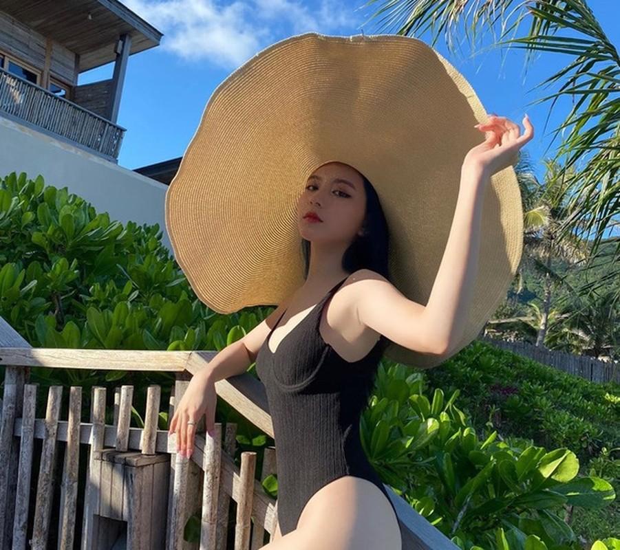 """Hot girl Sai Thanh lan dau """"choi lon"""" khien dan mang tram tro-Hinh-4"""