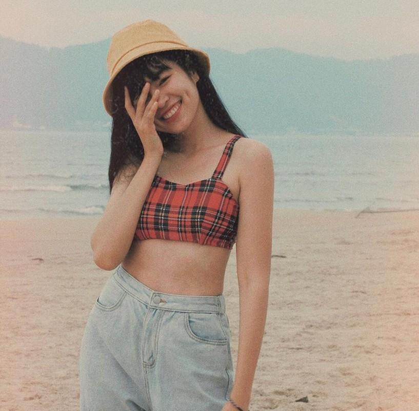 Khoe vong eo xuat sac, hot girl Khanh Van nhan fans chim dam-Hinh-4