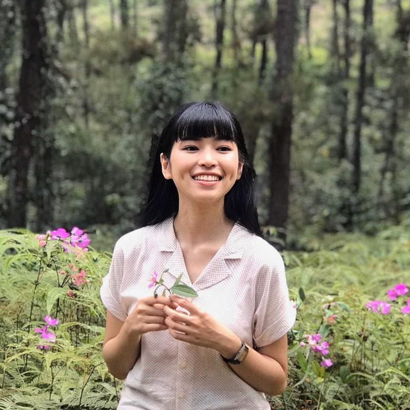 Khoe vong eo xuat sac, hot girl Khanh Van nhan fans chim dam-Hinh-6