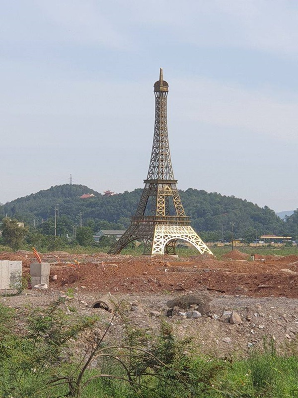Thap Eiffel xuat hien tai Viet Nam, gioi tre khoe anh check-in-Hinh-2