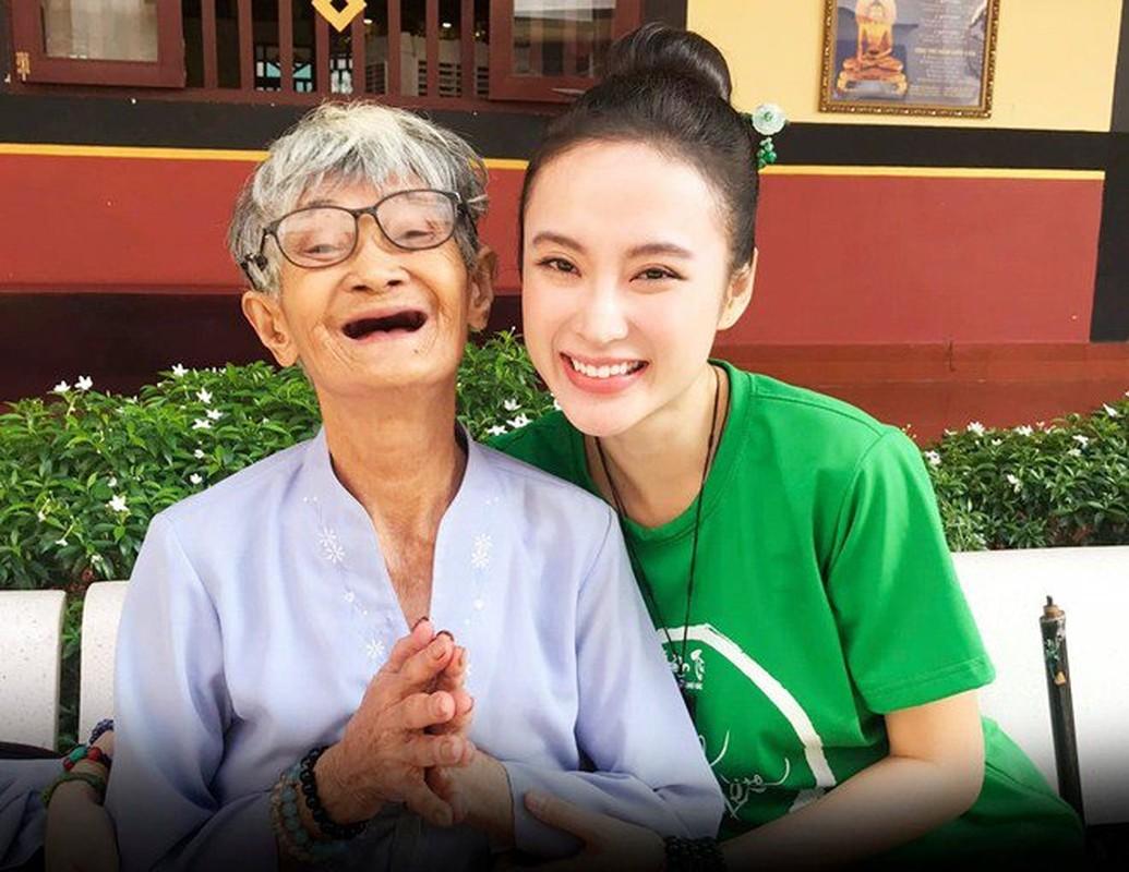 "Sau man o an, hot girl ""Kinh Van Hoa"" khoe nhan sac len huong-Hinh-13"