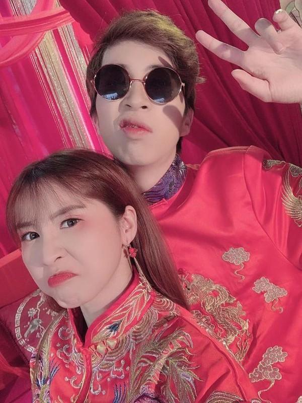 Hau chia tay, ban gai cu ViruSs dang trang thai buon ve tinh yeu-Hinh-4
