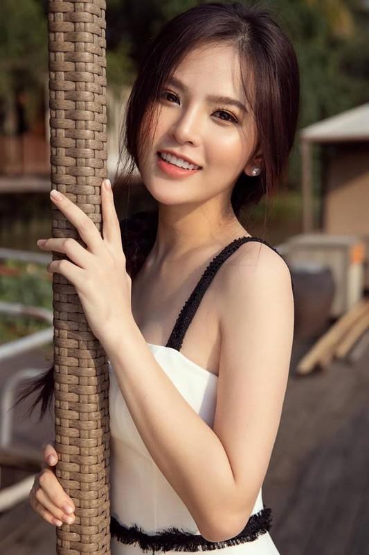 """Hau nghi van lo clip nong, """"hot girl Ghien mi go"""" gio ra sao?-Hinh-10"""