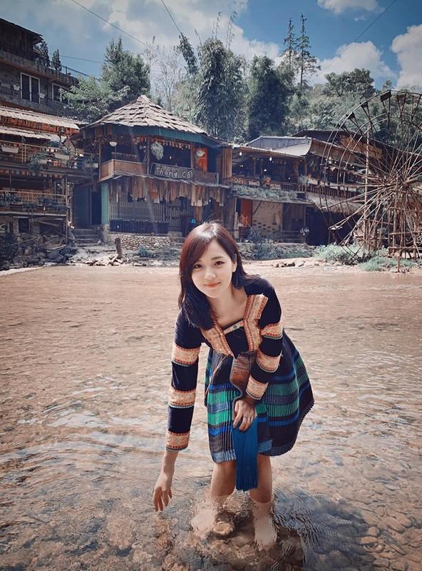 """Sau 5 nam, """"hot girl dan toc"""" khoe nhan sac kho tan phai-Hinh-3"""