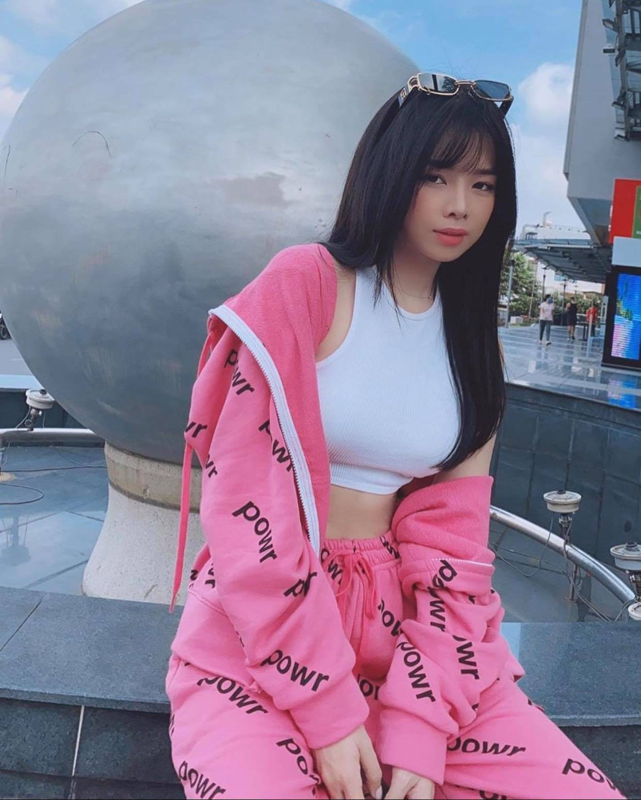 """Vo tinh """"quay"""" cuc sung, nu DJ Rap Viet duoc khen het loi-Hinh-14"""