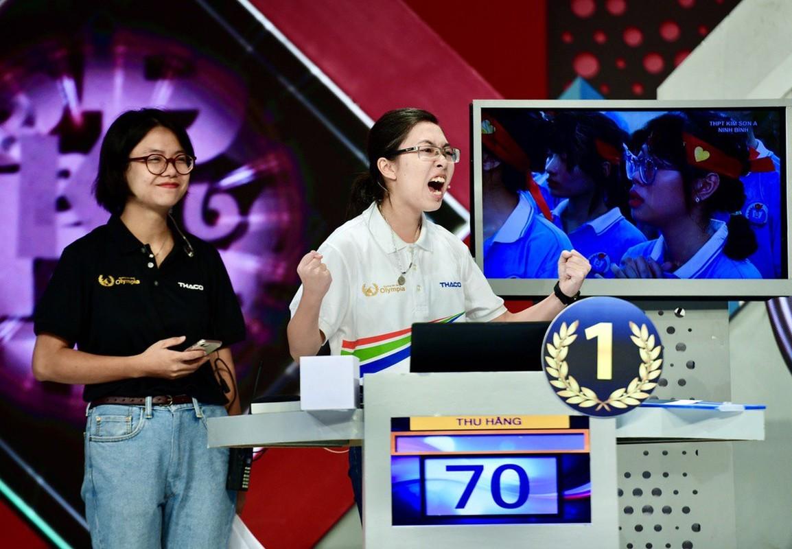A quan Duong len dinh Olympia 2020 du dung di van sang nhat MXH-Hinh-3