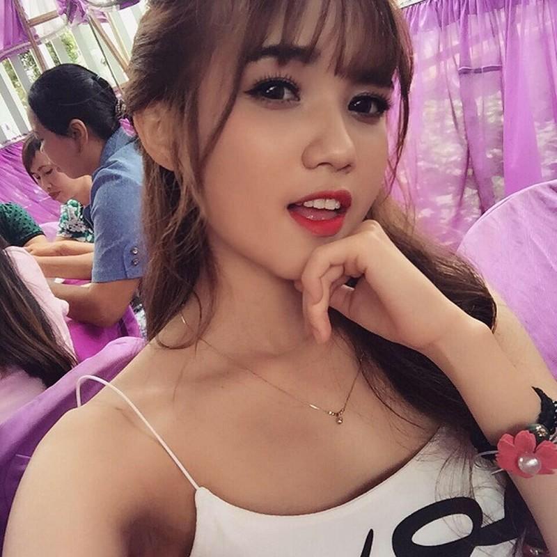 """""""Hot girl Tay Nguyen"""" tung gay sot Ban muon hen ho gio ra sao?-Hinh-13"""