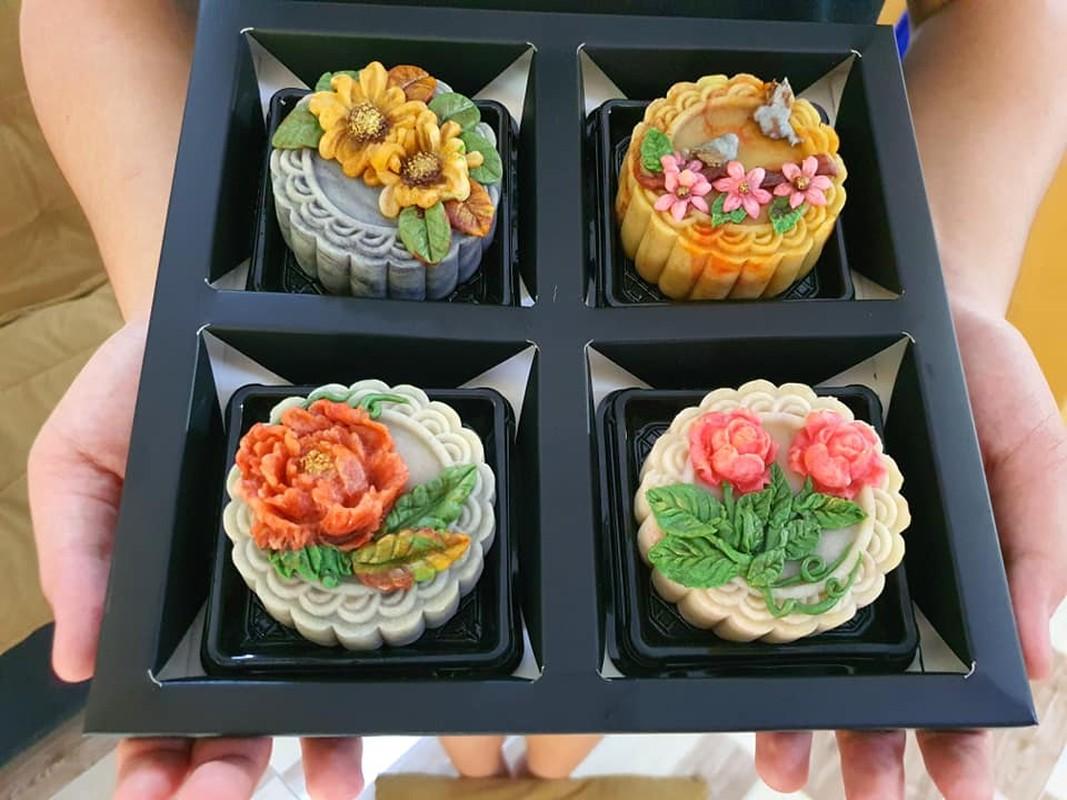 Banh trung thu handmade, hoi chi em kheo tay khac ca hoa van-Hinh-8