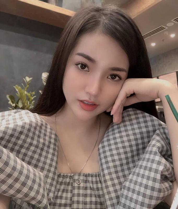 Gai xinh duoc bao Trung khen ngoi het loi la ai?-Hinh-11